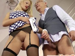 British hottie jerks age-old sirs dong