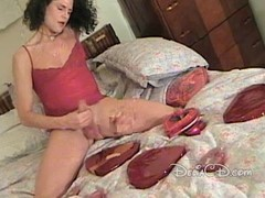 Lady-boy in hose jerking off her pecker