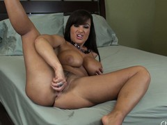 Lisa Ann wishes u involving take a crack at a worthy counsel and widens her feet all over