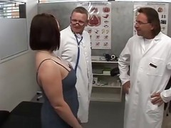 2 Doctors Fuck A Hot Patient