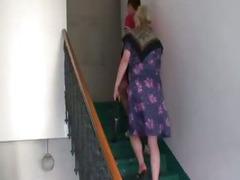 Nasty granny takes new 10-Pounder