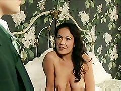 Gorgeous Woman has unexpected Lesbo sex