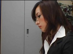 Concupiscent japanese copulates in office